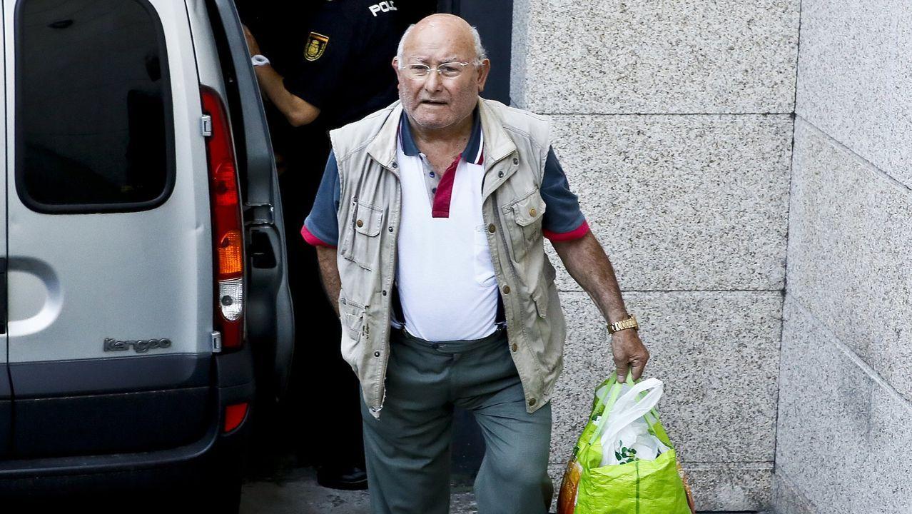 Ficha policial brasileña de Sérgio Roberto de Carvalho con sus huellas, que coinciden con las tomadas a Paul Wouter tras su detención en agosto del 2018 por un alijo en Galicia.