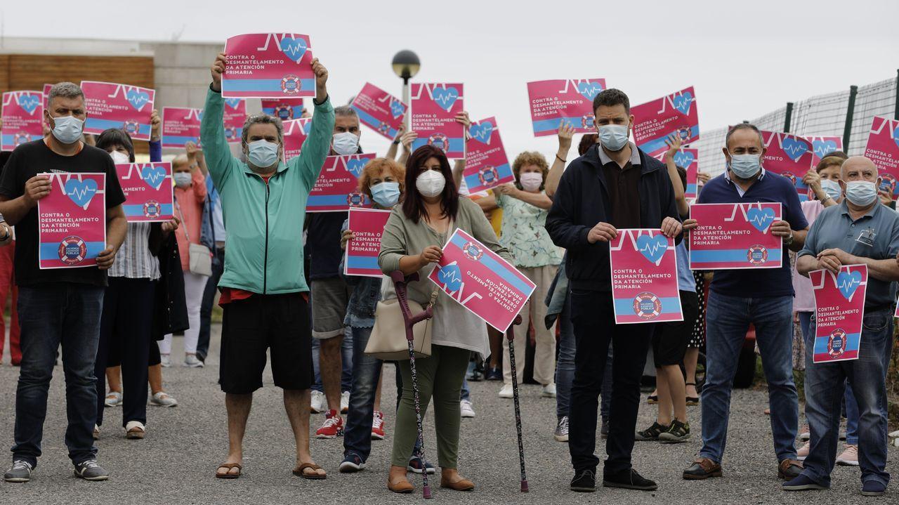 Los participantes reclamaron que se dote al centro de salud de matrona