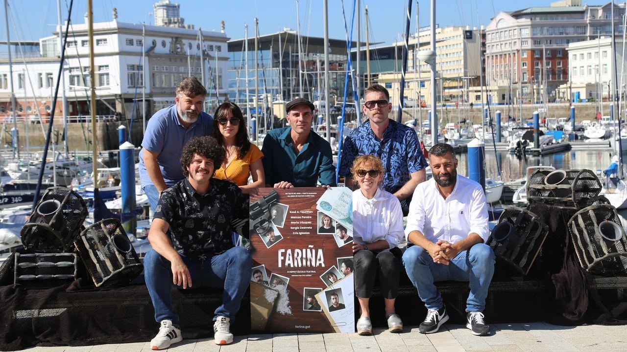 En la imagen, el equipo artístico de «Fariña», la obra de teatro que próximamente se podrá ver en el Auditorio