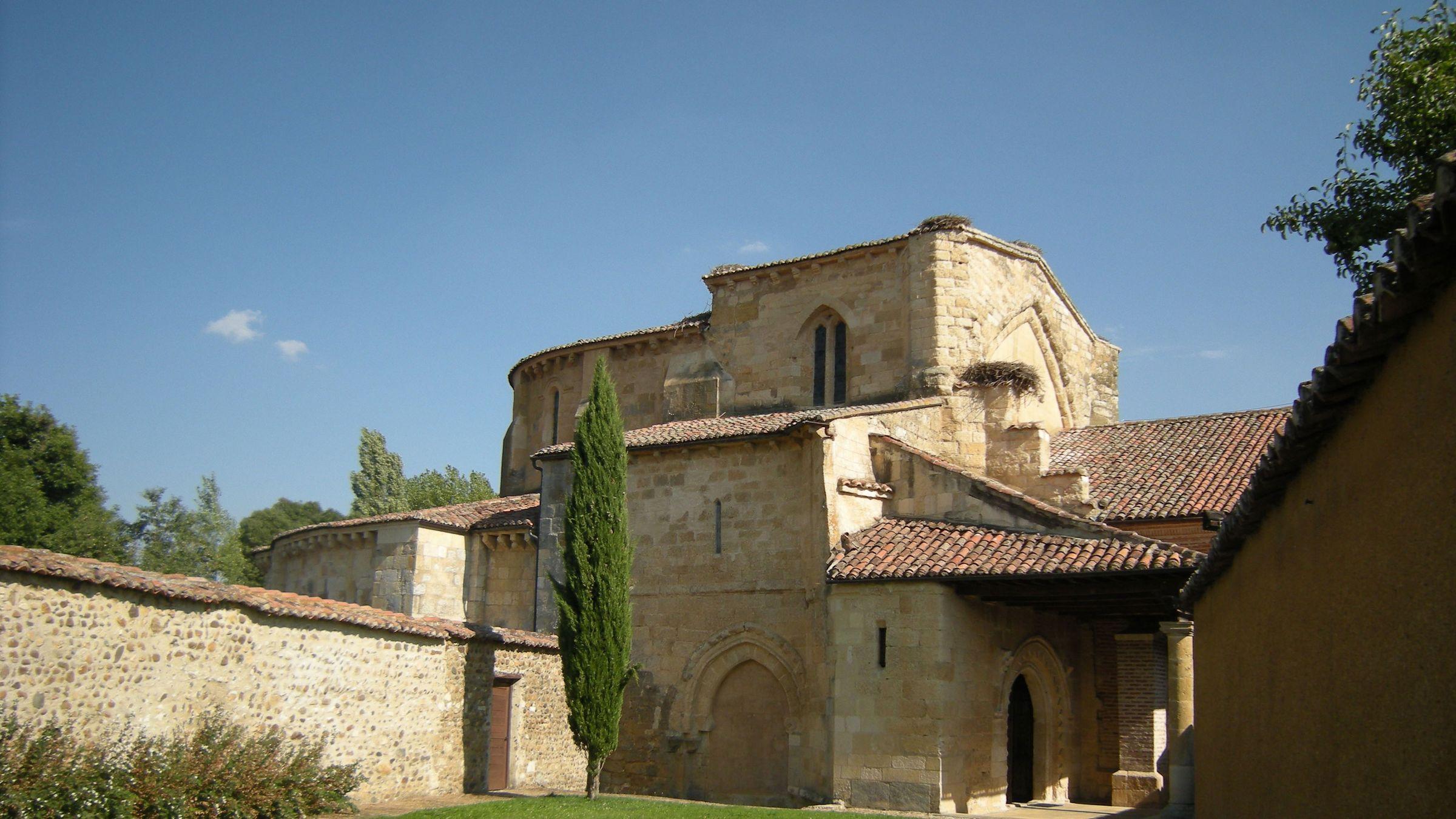 Monasterio de Santa María la Real de Gradefes