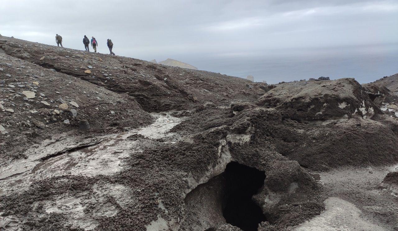 La Antártida supera los 20 grados y estos son los efectos.Alumnos en la Escuela Antonio de Escaño