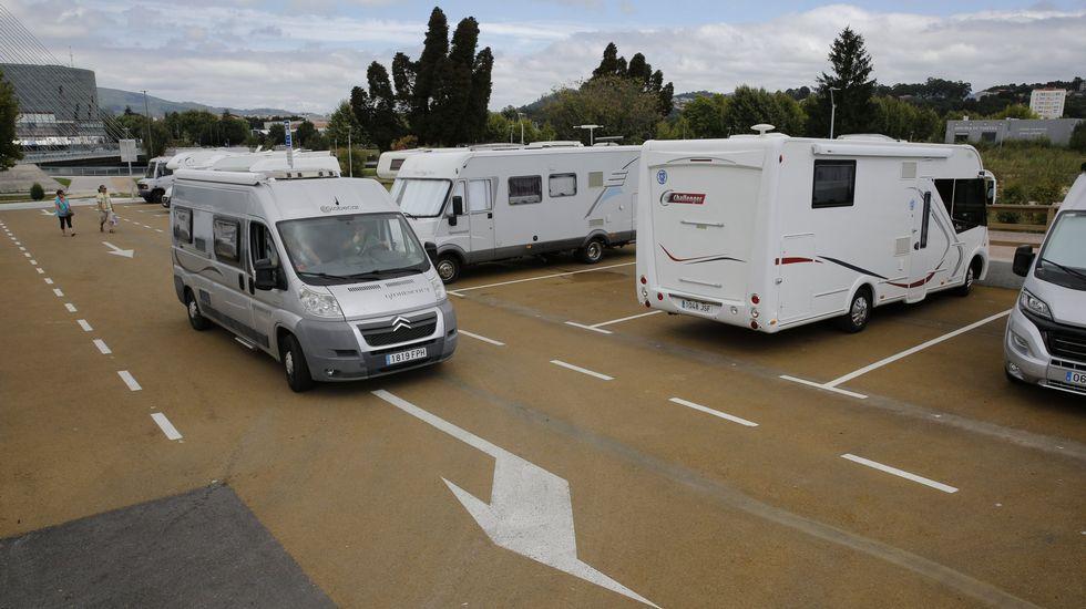 Rajoy juega en casa:las imágenes de su mitin en Pontevedra