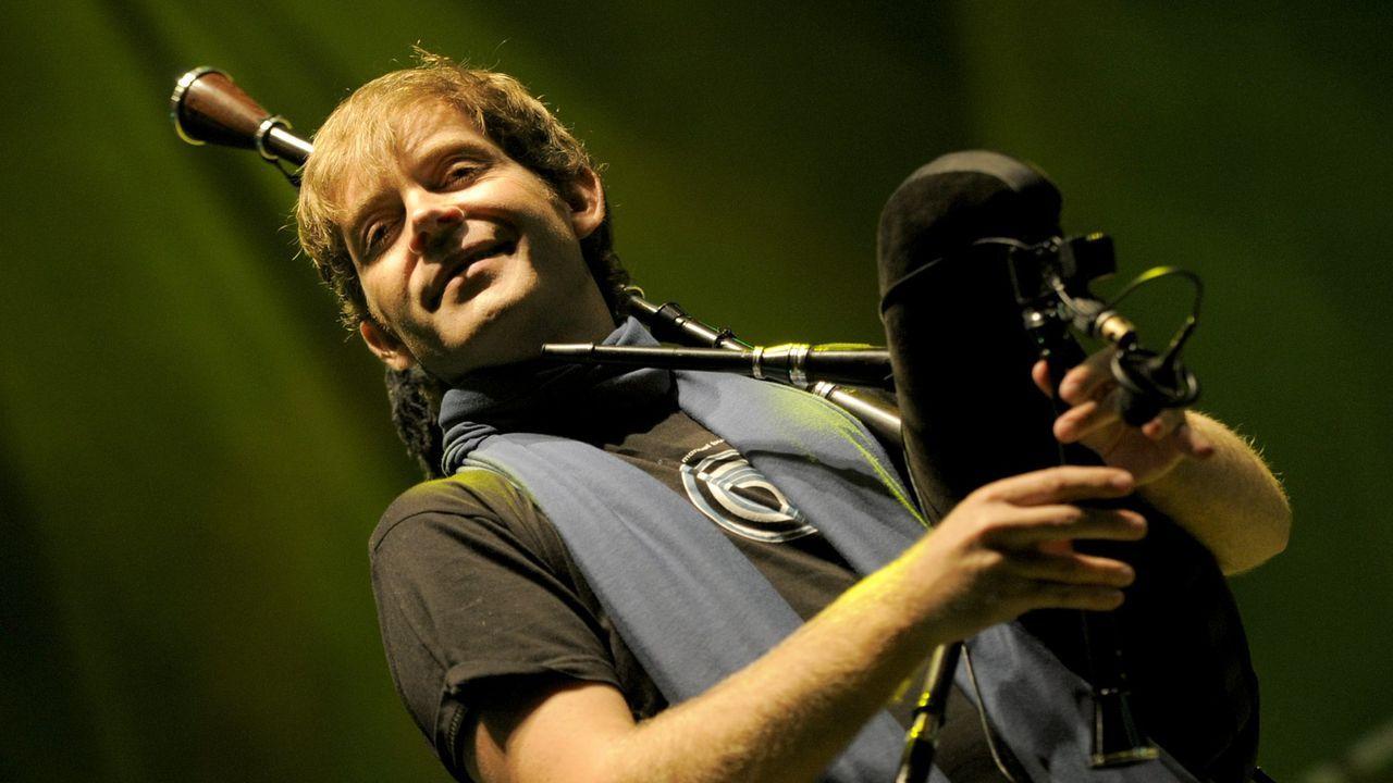 Xosé Manuel Budiño en una actuación durante el festival de Ortigueira, en una imagen de archivo