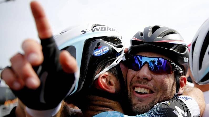 Decimoprimera etapa del Tour de Francia.Contador llega a meta