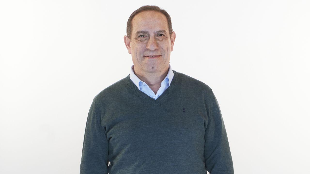 Valeriano Martínez García, número 7 del PP por Pontevedra. Nacido en Cangas en 1961, es licenciado en Ciencias Económicas y Empresariales por la Universidad de Santiago de Compostela y diplomado en Gestión Hospitalaria por la Escuela de Alta Dirección y Administración.  Es conselleiro de Facenda en funciones