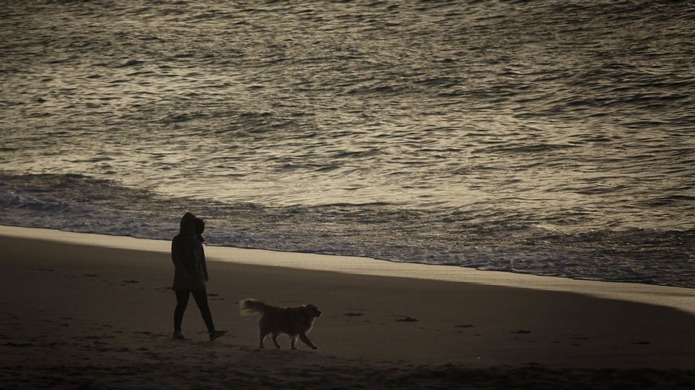 Playa de Retorta, en Boiro.Playa de Riazor, A Coruña