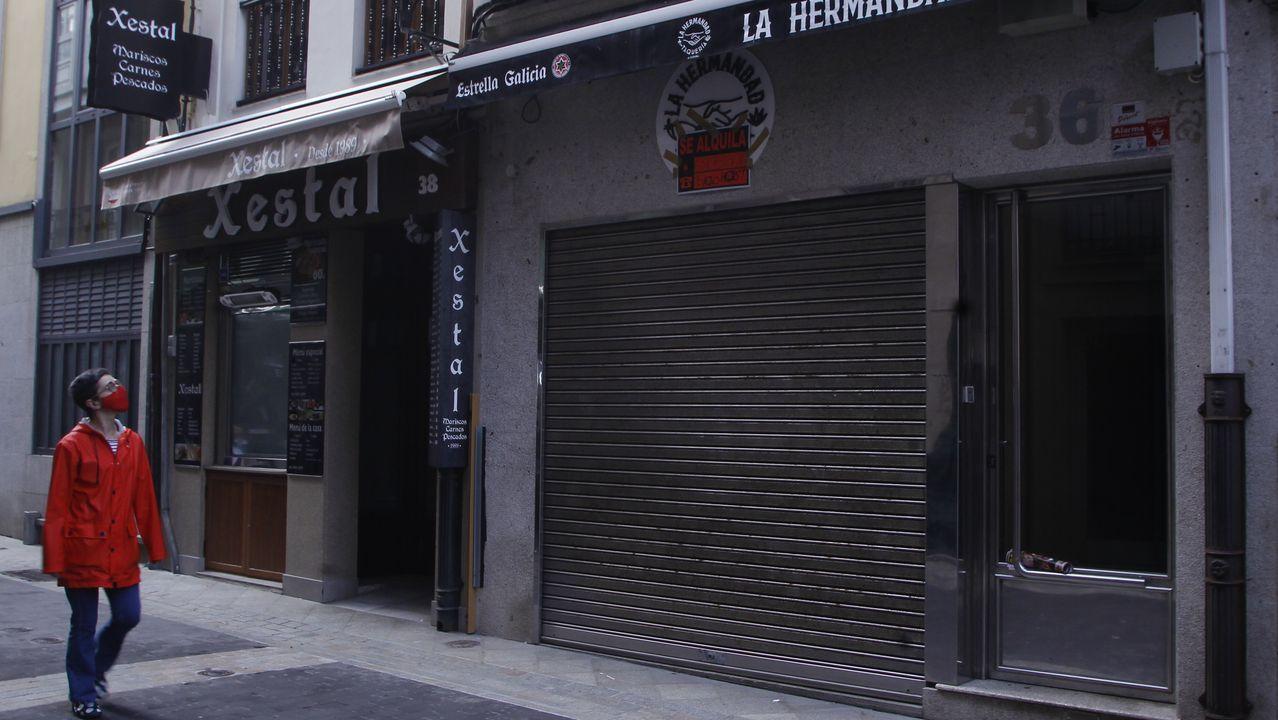 Este local está ubicado en la calle Franja de A Coruña, a escasos metros de la plaza de María Pita