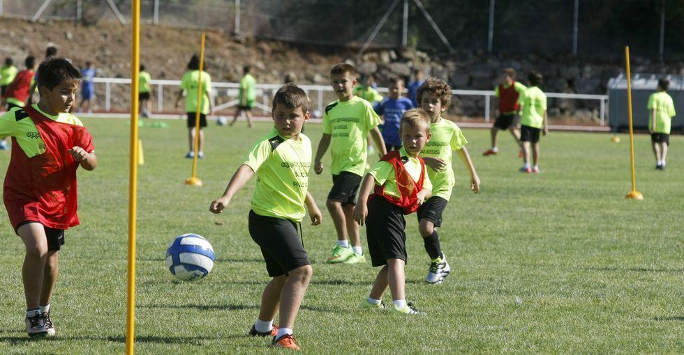 Las ocho temporadas de Mostovoi en Vigo.El tope de canteranos. El Celta europeo actual es el que más sello de A Madroa lleva.