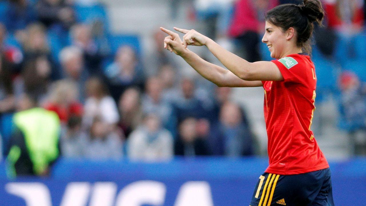 La jugadora de la selección española de fútbol, Lucía García, celebra el tercer gol marcado a la de Sudáfrica