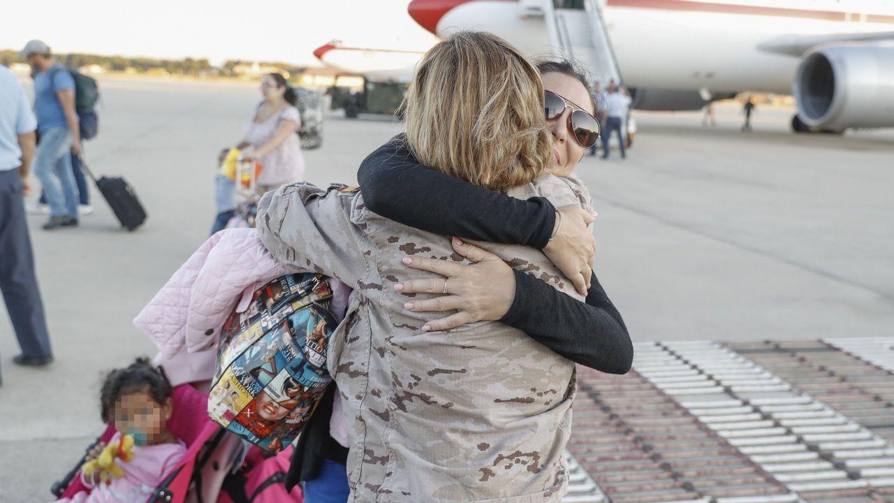 Españoles expatriados de San Martín por el «Irma»