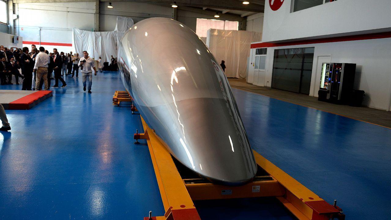 Parte frontal de la cápsula de viajeros del tren Hyperloop