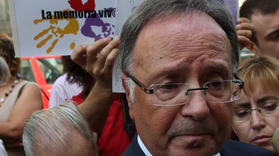Miguel Bernard, secretario de Manos Limpias