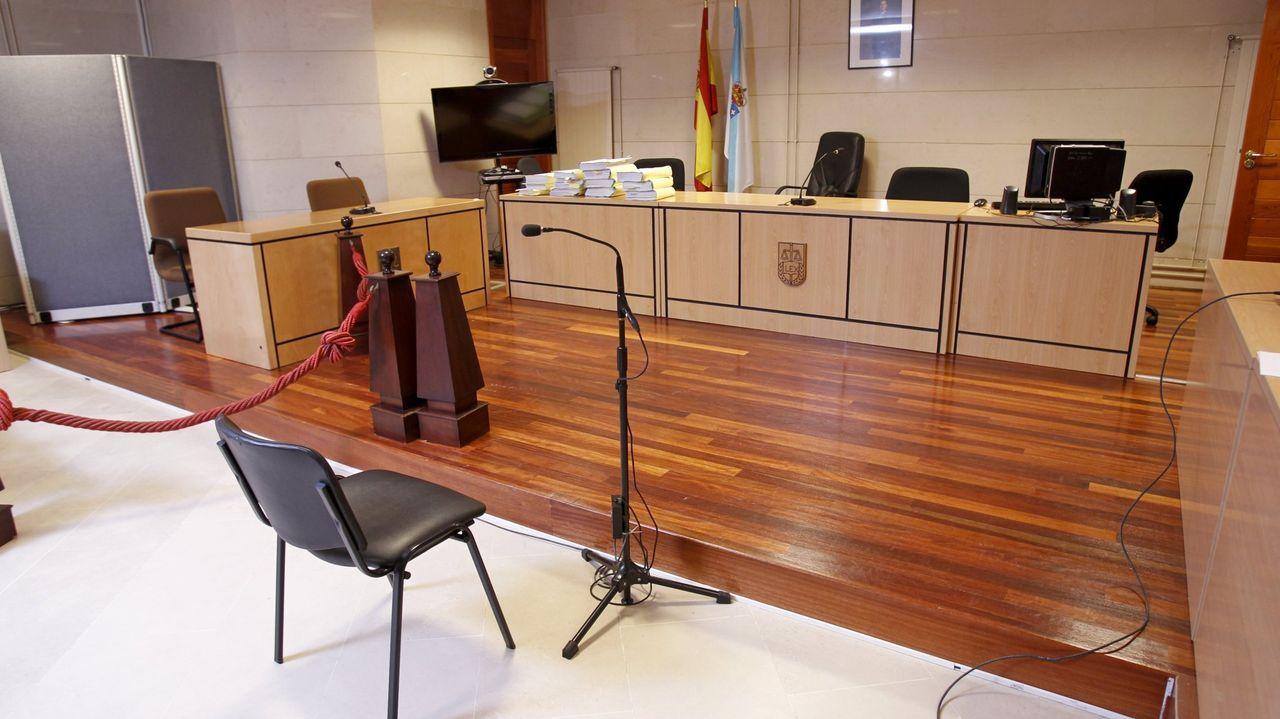 El juicio se celebró en la sección sexta de la Audiencia Provincial, que es la que tiene su sede en Santiago
