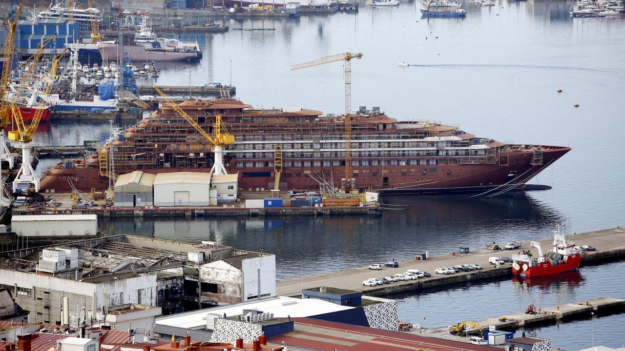 astilleros Vigo.El crucero Evrima, para The Ritz Carlton, en construcción en el astillero Barreras