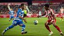 Jovanovic encara a Mojica en un lance del Girona-Deportivo
