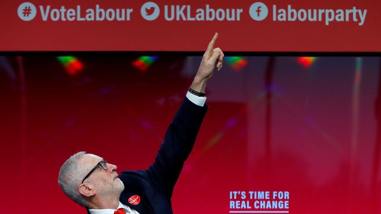 Corbyn presentó su programa en la Universidad de Birmingham