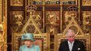 La reina y el príncipe Carlos, en la apertura del Parlamento