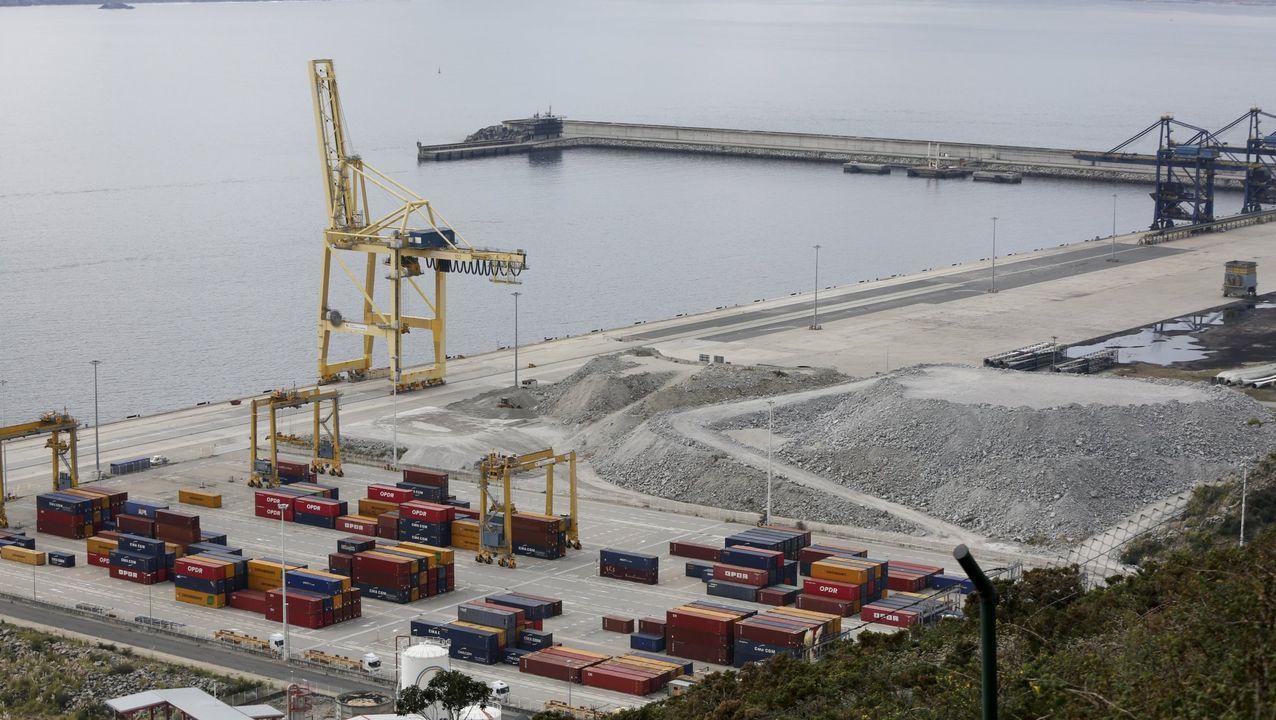 El Patiño regresa a Ferrol tras su despliegue en la agrupación permanente de la OTAN número 2.El Patiño, con el portaviones italiano Garibaldi