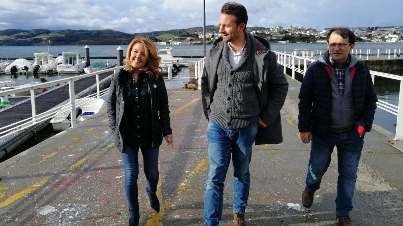 Los diputados del PP asturiano Teresa Mallada y Álvaro Queipo visitan la Ría del Eo.