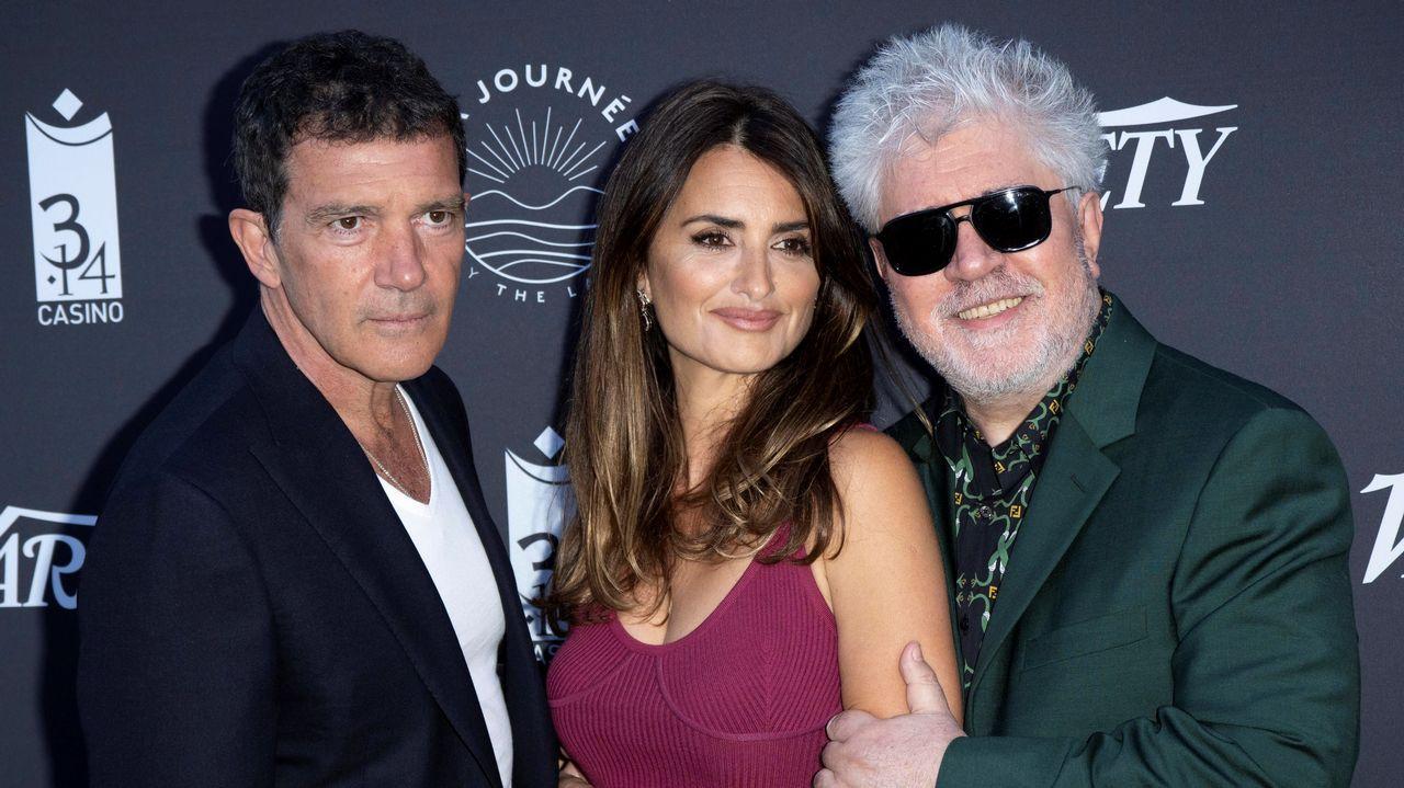 Cannes, en imágenes.Almodóvar, con Antonio Banderas y Penélope Cruz