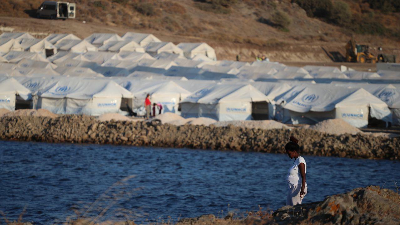 El nuevo campamento está formado por carpas a orillas del mar