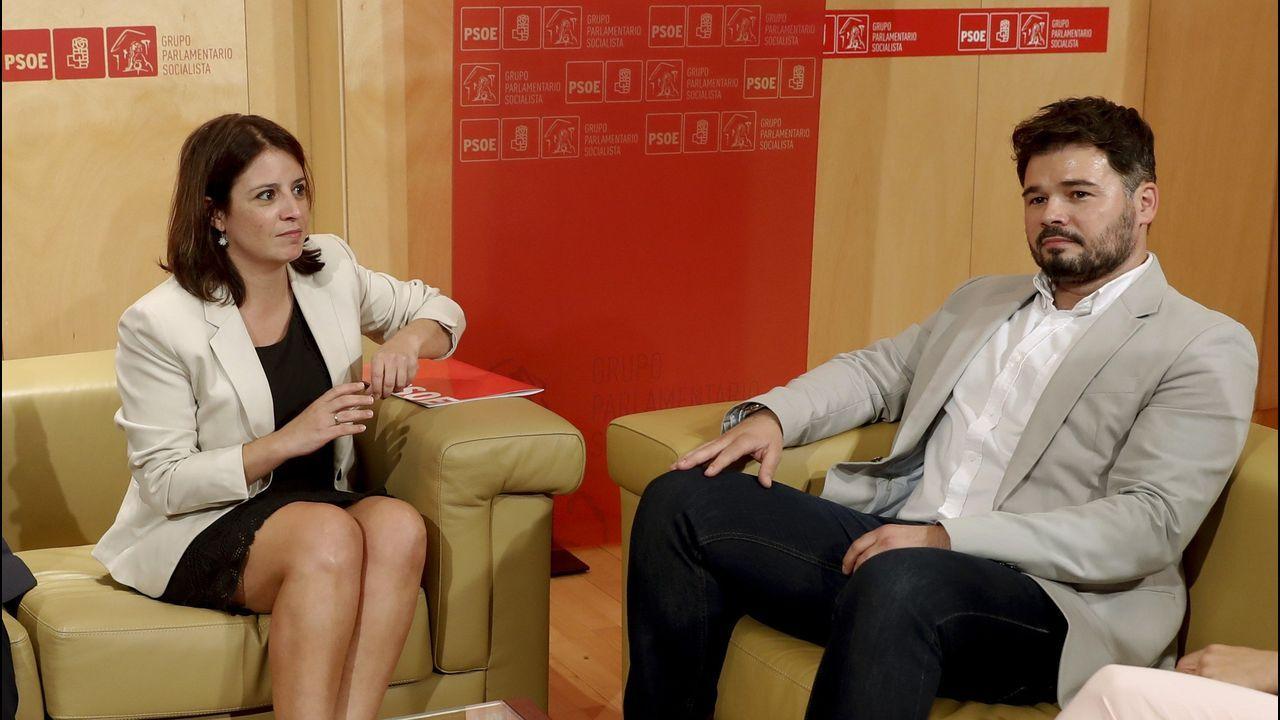 La portavoz del grupo socialista en el Congreso, Adriana Lastra, y su homólogo de ERC, Gabriel Rufián
