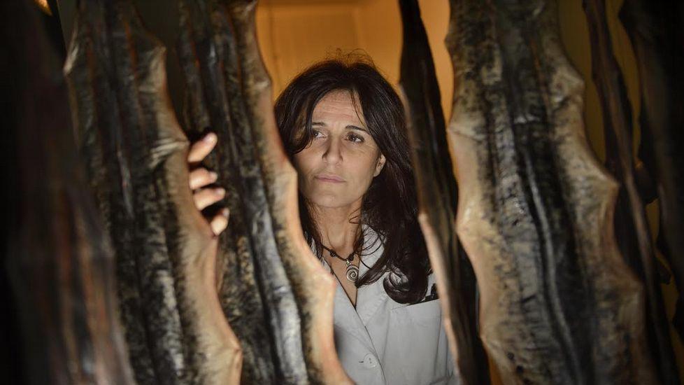 Maruja Groba Casas, que cumplió anteayer 80 años, ante un plato de lamprea rellena.