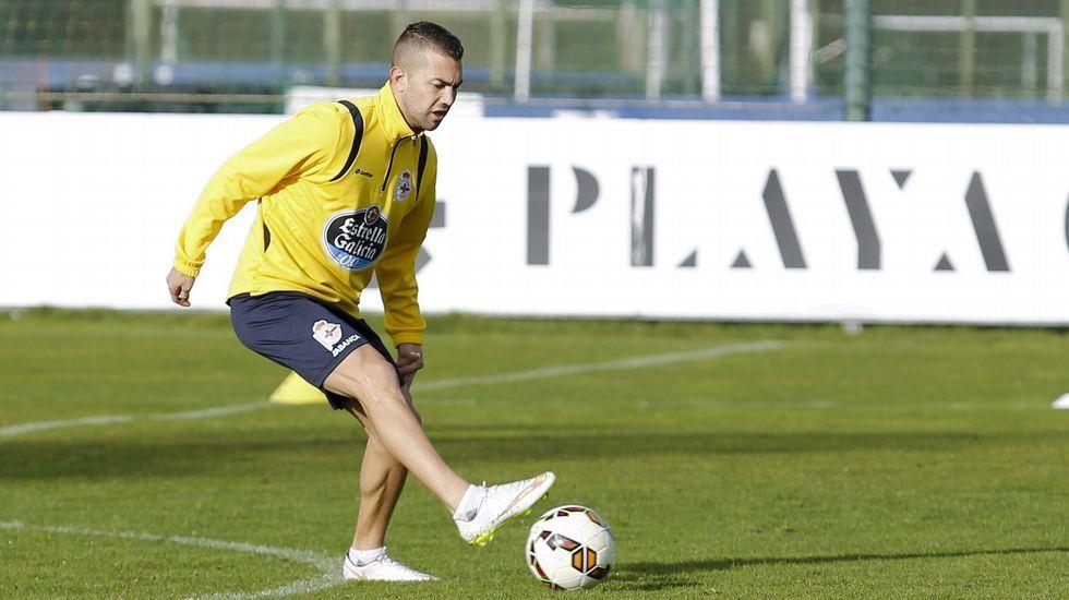 Deportivo y Espanyol entrenan en Abegondo.Fariña e Insua, el lunes en Abegondo