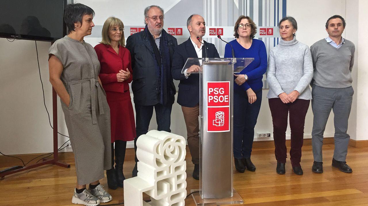 El Equipo E.Santiago Abascal tras su valoración de los resultados