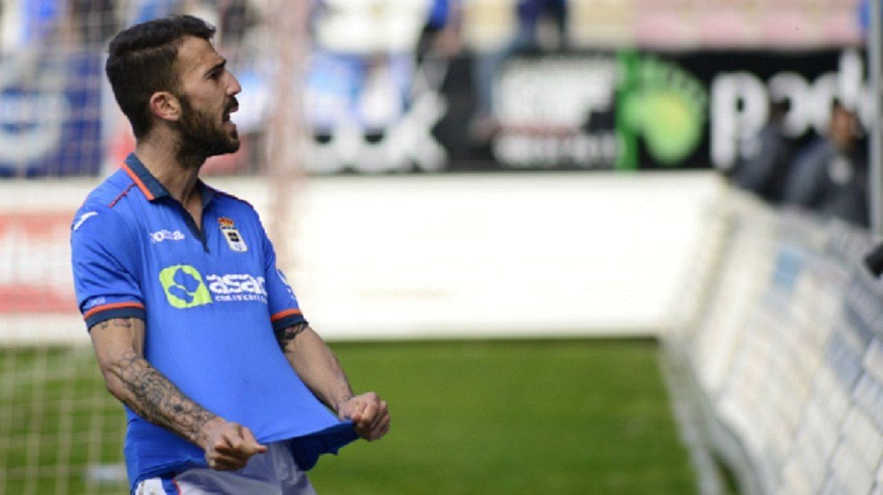 Luismi Real Oviedo Mirandes Carlos Tartiere.Dioni celebra un gol con el Real Oviedo