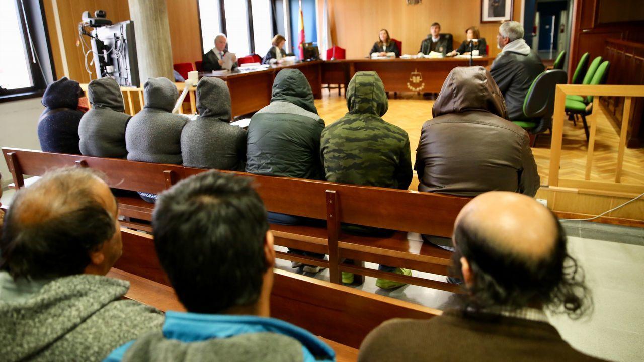 Juicio a siete chabolistas que esclavizaban a mendigos portugueses.La antigua iluminación fue criticada por sobria