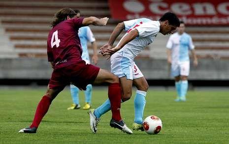 El Compostela espera ante el Pontevedra el gol que no llegó frente al Avilés.