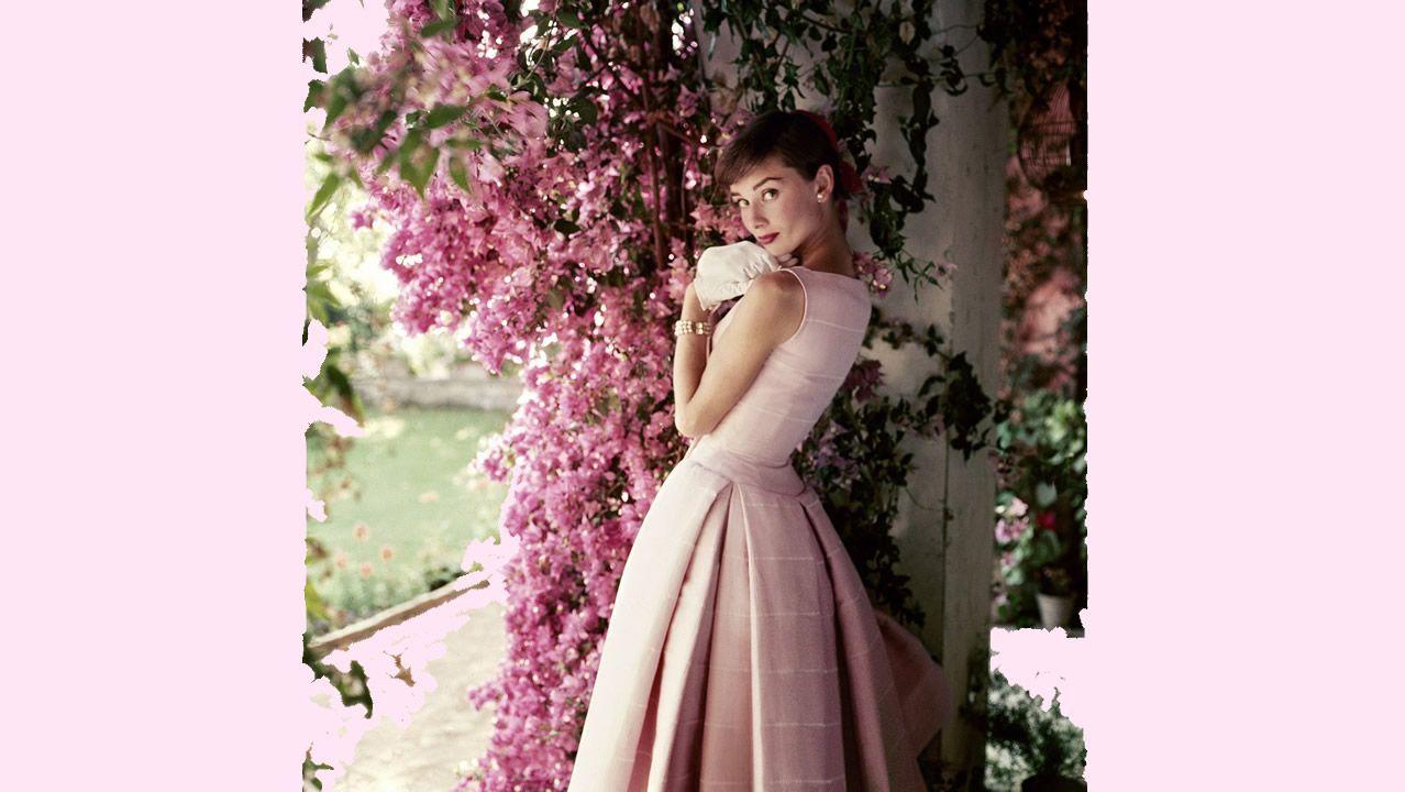 Audrey Hepburn, retratada por Parkinson en 1955, en la villa de la actriz a las afueras de Roma