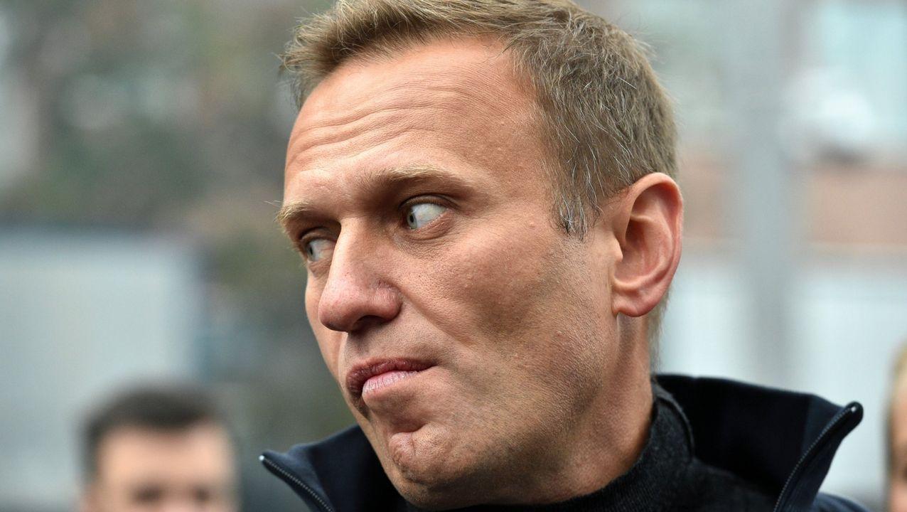 El lider opositor ruso Alexei Navalni estuvo ingresado en coma en un hospital berlinés, presuntamente envenenado