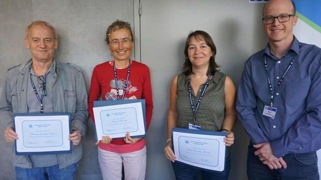 Fernández, segunda por la izquierda, es la nueva subdirectora del IEO