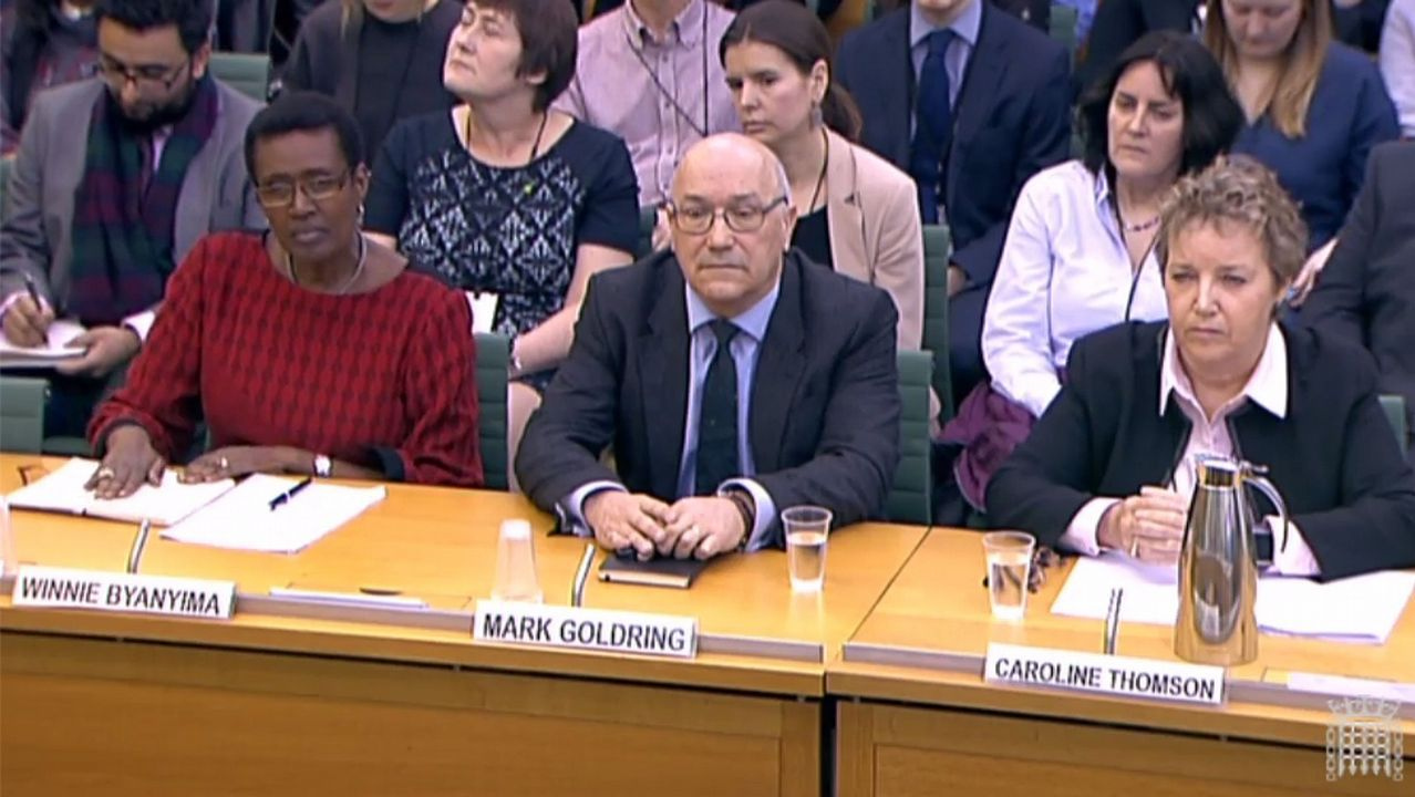Los directivos británicos de Oxfam en su declaración ante la comisión de investigación celebrada en el Parlamento de Londres.