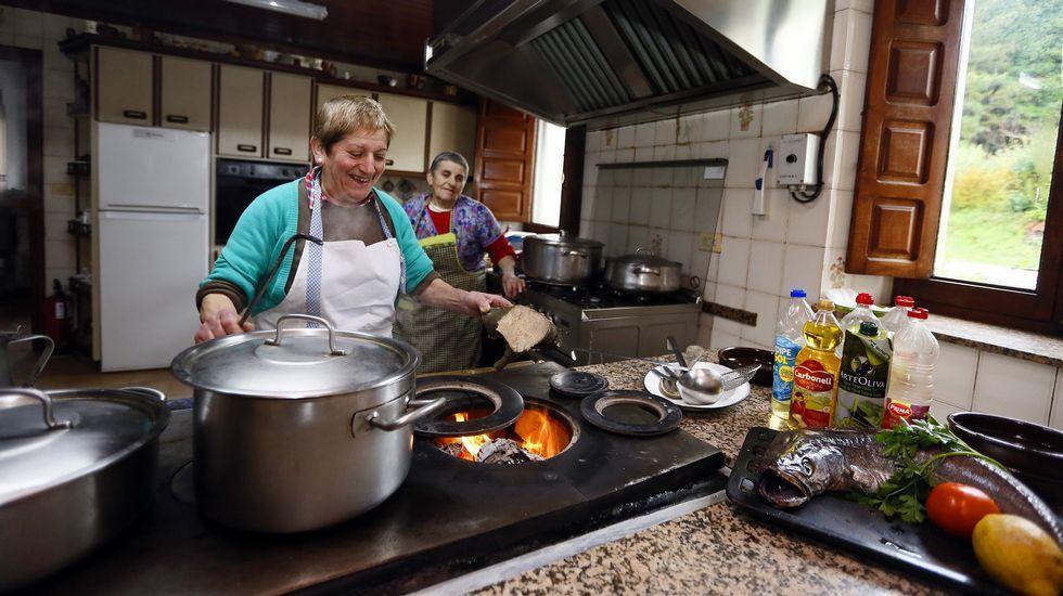 Una de las casas de comidas más antiguas de Galicia apaga los fogones