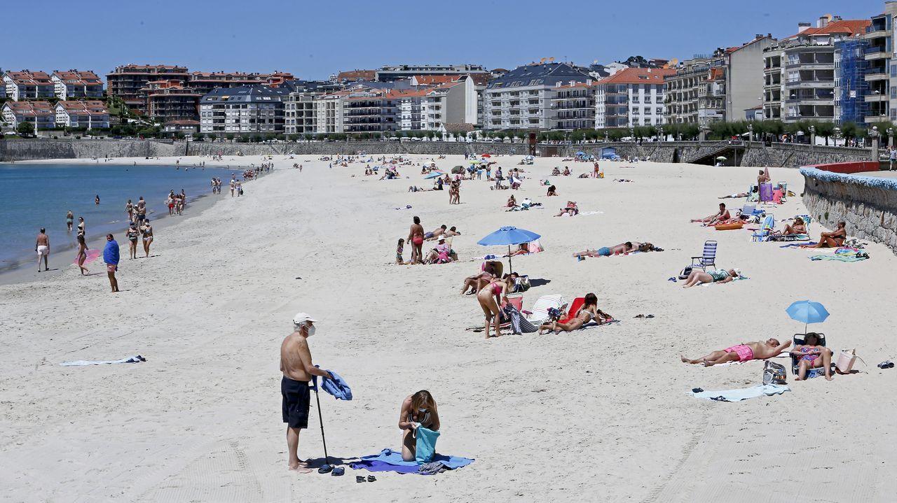 La playa de Silgar, en Sanxenxo, a principios de junio. Es uno de los arenales que todavía no tienen chiringuito adjudicado