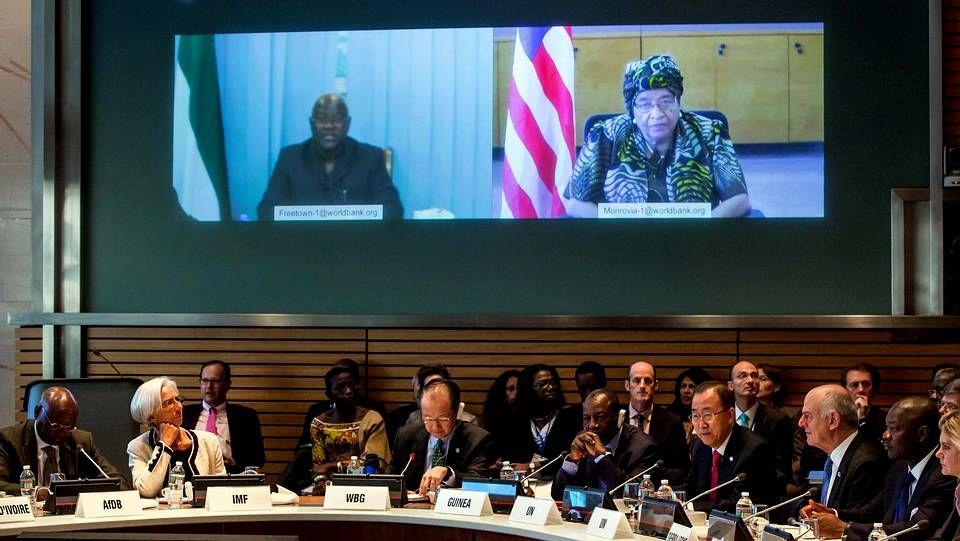 Los presidentes de Sierra Leona y Liberia en una videoconferencia con la asamblea anual de la ONU y del FMI