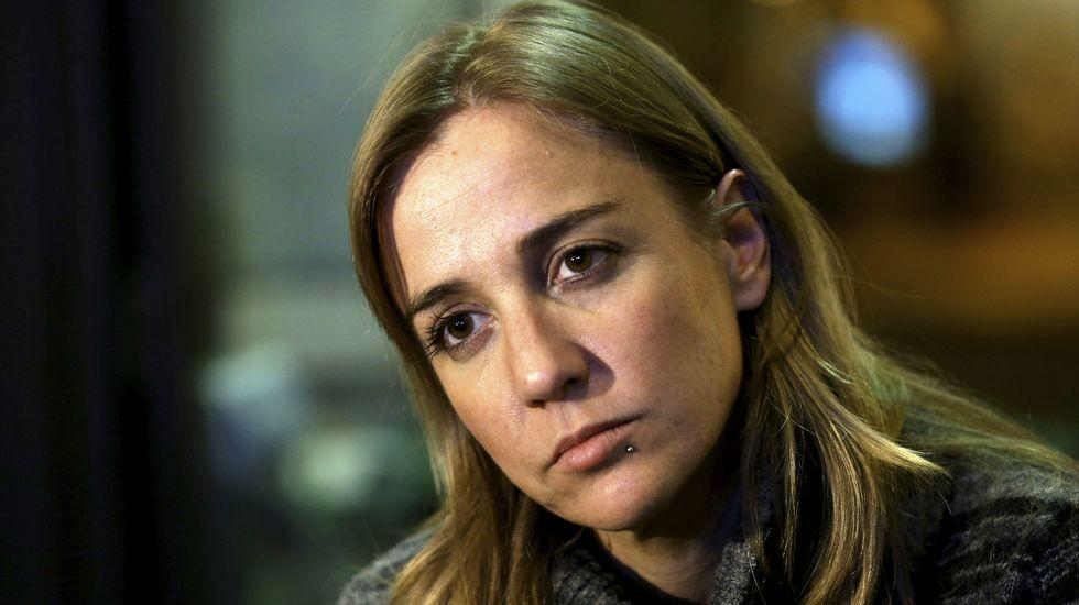 Tania Sánchez: «La juez, de momento, no me acusa de nada».Gaspar Zarrías, junto a Manuel Chaves y Trinidad Jiménez