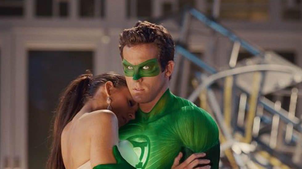 Blake Lively y Ryan Reynolds se dieron el sí quiero en una ceremonia íntima después de que la relación surgiera durante el rodaje de «Linterna Verde» en 2011.