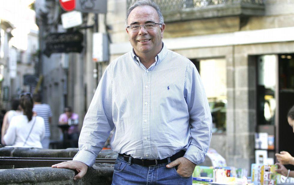 Bugallo, que está de vacaciones, escogió la plaza de Cervantes para hacer la entrevista.