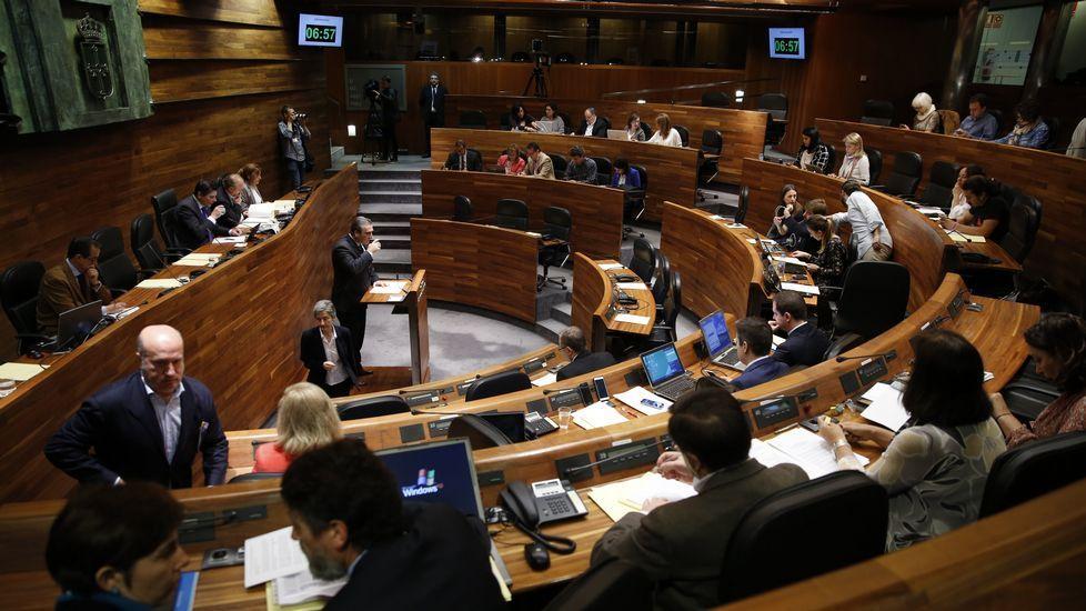Los actos de la entrega de Medallas de Asturias.Tuneladora en Pajares