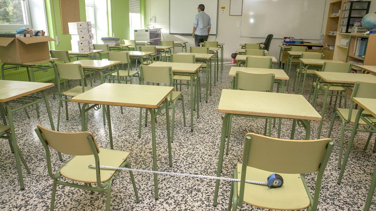 Así se vivió el temporal Karim en la zona de Barbanza.Educación informa que en el colegio Felipe de Castro de Noia se han descubierto cuatro casos de coronavirus