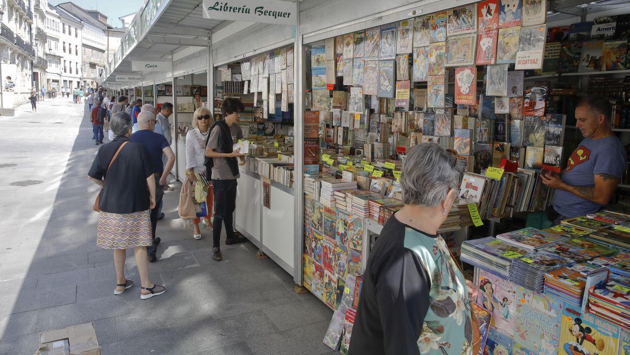 El Descenso urbano de Sarria, espectaculo en estado puro.Continúa abierta hasta el día 14 la Feira do Libro Antigo