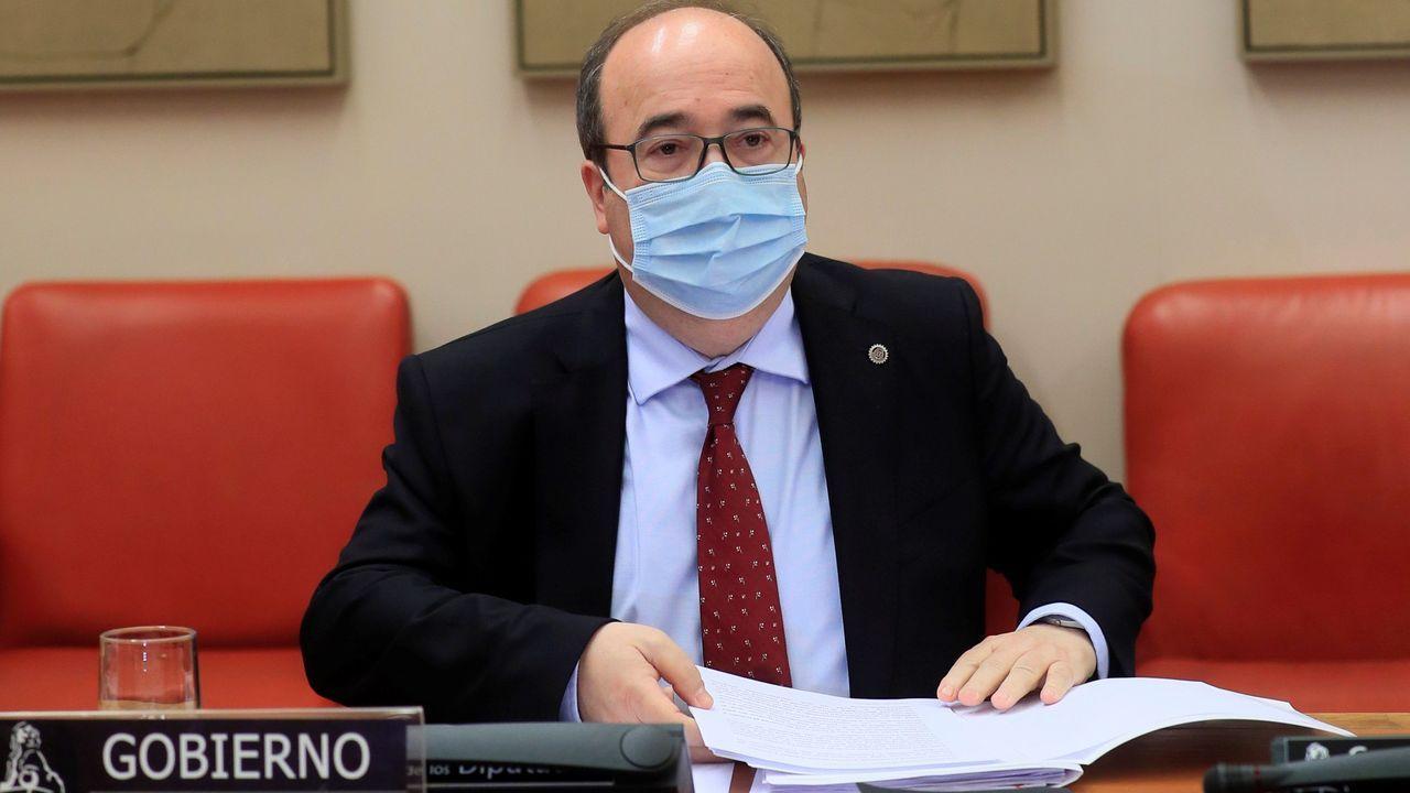 Iceta, durante la sesión de control al Gobierno, en la que se estrenó como ministro en la Cámara Baja