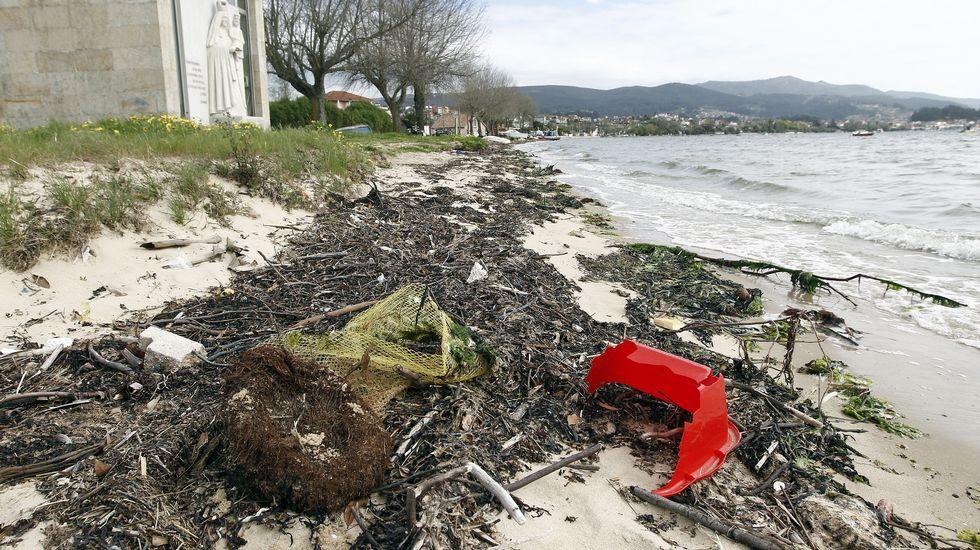 Así están los arenales de la ría de Vigo a quince días del inicio de las vacaciones
