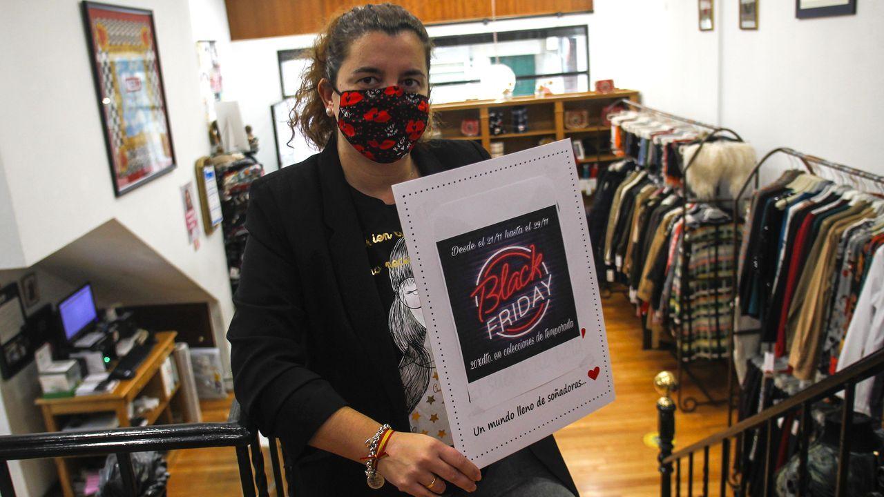 María López, de la tienda Niebla, comenzó con los descuentos del Black Friday el día 21 y los mantendrá hasta el día 25