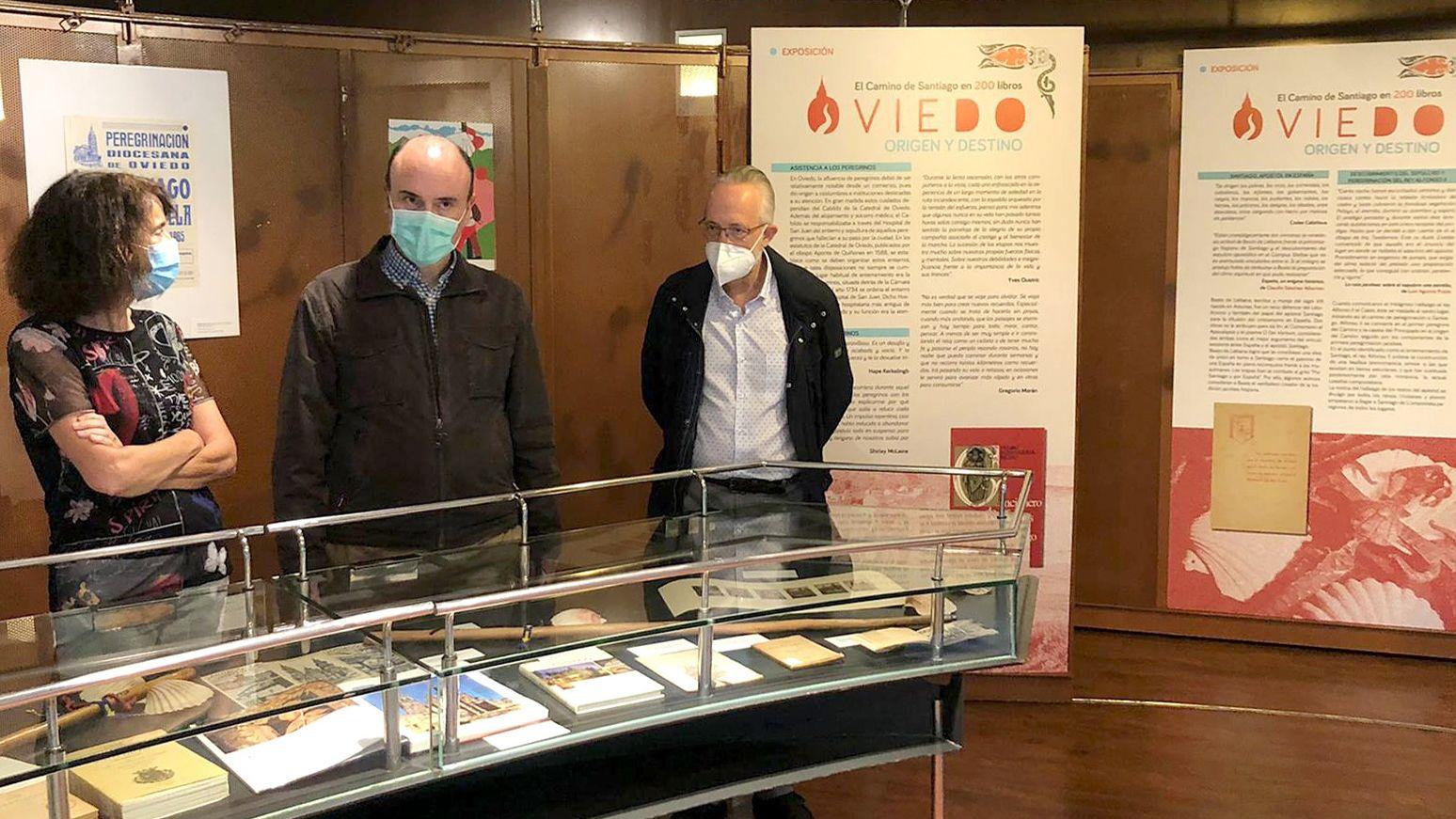 Exposición «Uviéu, orixe y destín: el Camín de Santiago en 200 llibros»