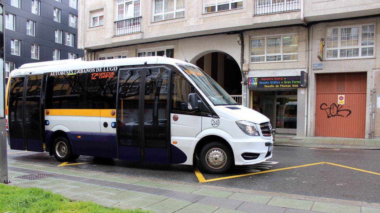 Imaxe de arquivo dun dos autobuses urbanos que realiza este traxecto